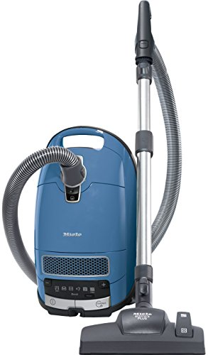 Miele Complete C3 Allergy EcoLine Bodenstaubsauger (mit Beutel, 4,5 Liter Staubbeutelvolumen, 550 Watt, 12 m Aktionsradius, inkl. HEPA Filter und Handgriff mit integriertem Saugpinsel) blau